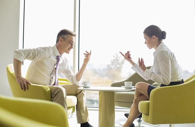 Cách giao tiếp chuyên nghiệp của lãnh đạo với nhân viên