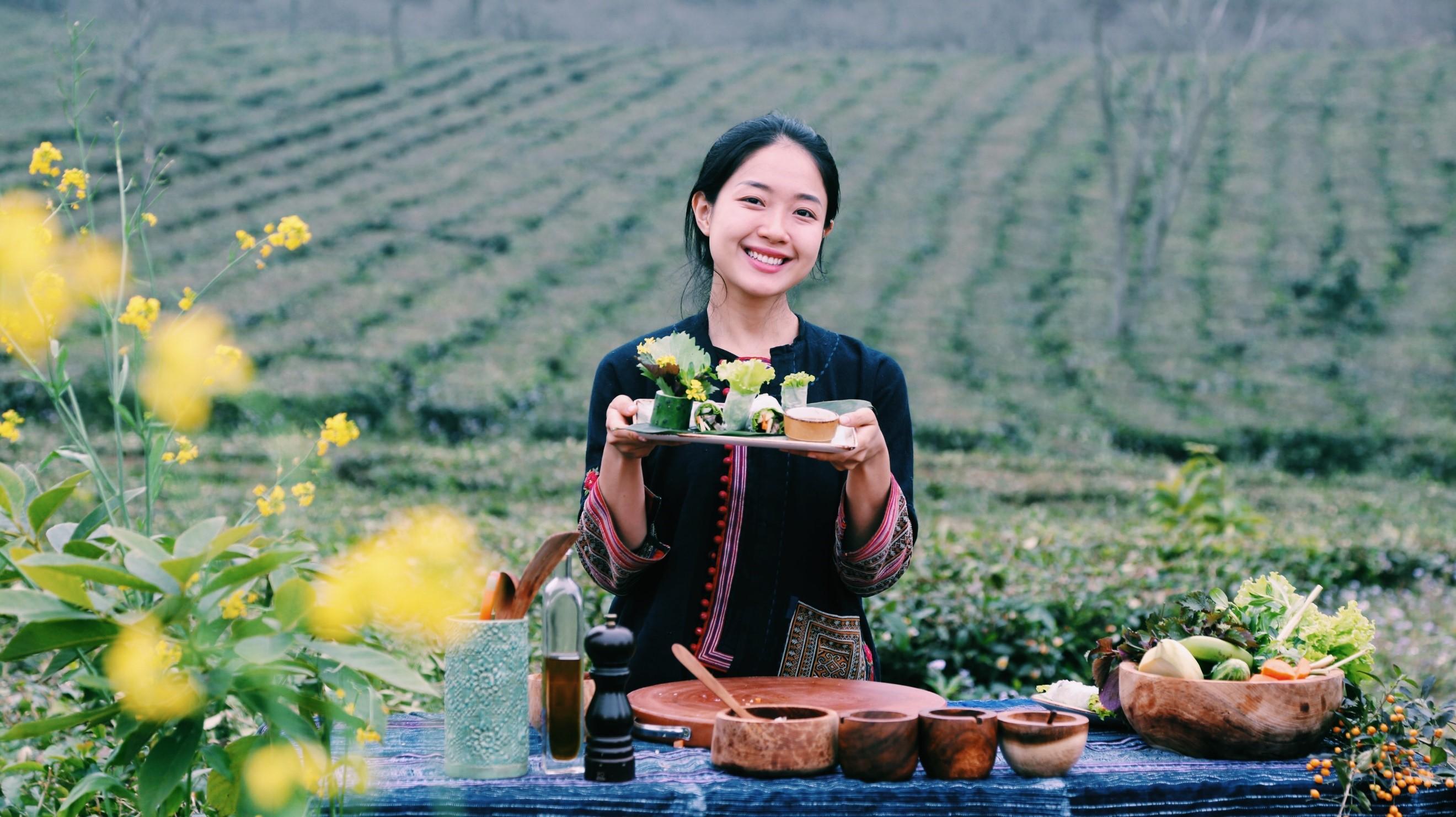 Nữ du học sinh người Việt tại Úc thực hiện kênh Youtube quảng bá du lịch và ẩm thực Việt Nam