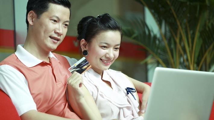 HDBank đẩy mạnh thu hút khách hàng Vietjet