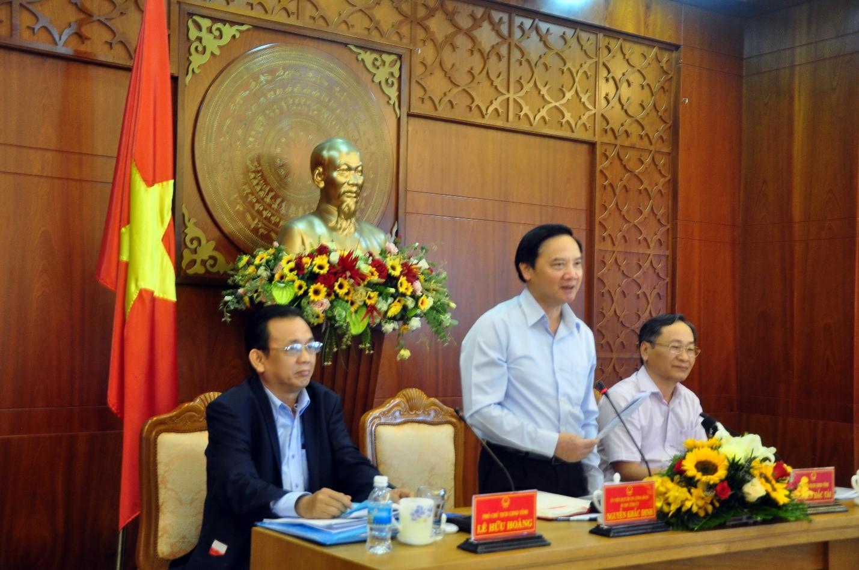Ông Nguyễn Khắc Định, Bí thư Tỉnh ủy Khánh Hòa Chỉ đạo công tác phòng chống dịch viêm phổi cấp