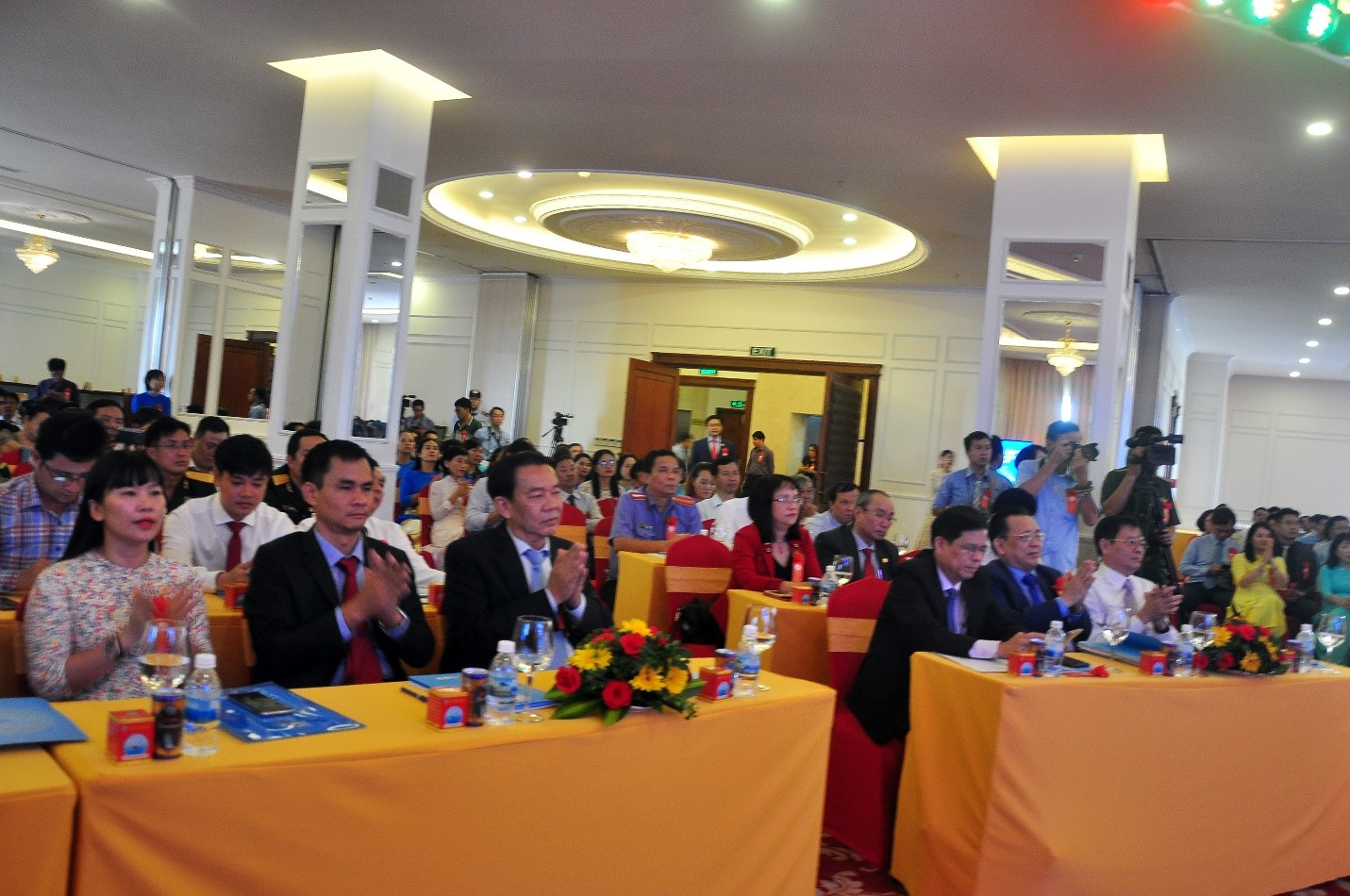 Toàn cảnh Hội Nghị  Điển hình tiên tiến Công ty Yến sào Khánh Hòa giai đoạn 2016-2020.