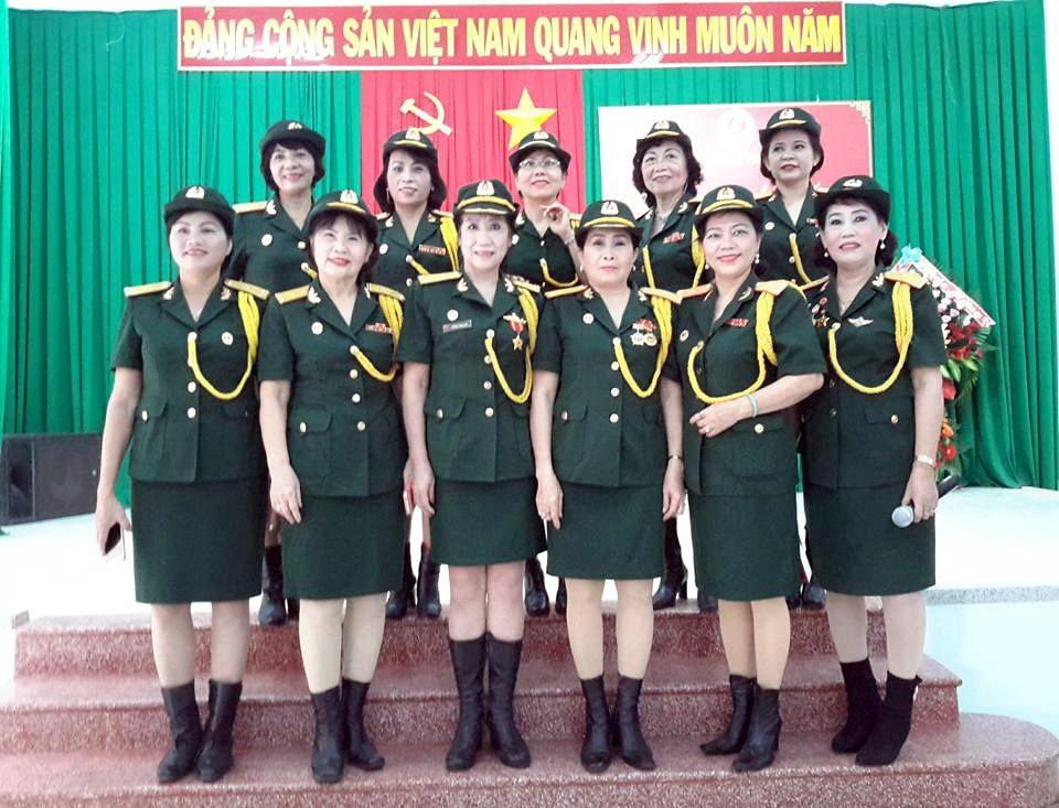 Đội ca Nữ Đội Văn nghệ CCB Khánh Hòa