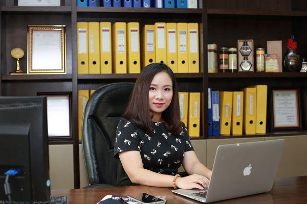 Bà Nguyễn Thị Thu Thủy, Tổng Giám đốc Công ty TNHH Mật ong rừng Forny