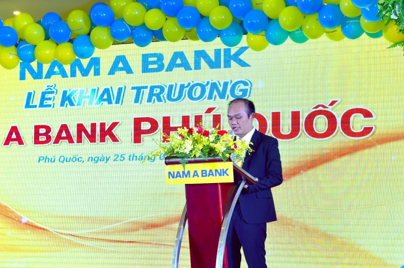 Ông Trần Quang Duy – Giám đốc Nam A Bank Phú Quốc cam kết sẽ cùng toàn đội ngũ nỗ lực mang đến sự trải nghiệm tốt nhất cho khách hàng.