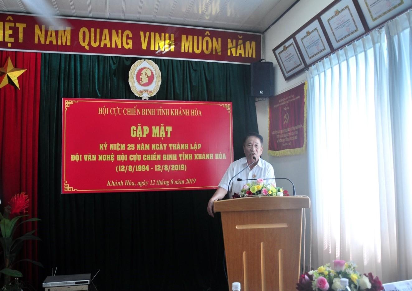 Đại Tá Trần Văn Hạnh, Chủ tịch Hội Cựu Chiến Binh Khánh hòa phát biểu tại Lễ Kỷ niệm