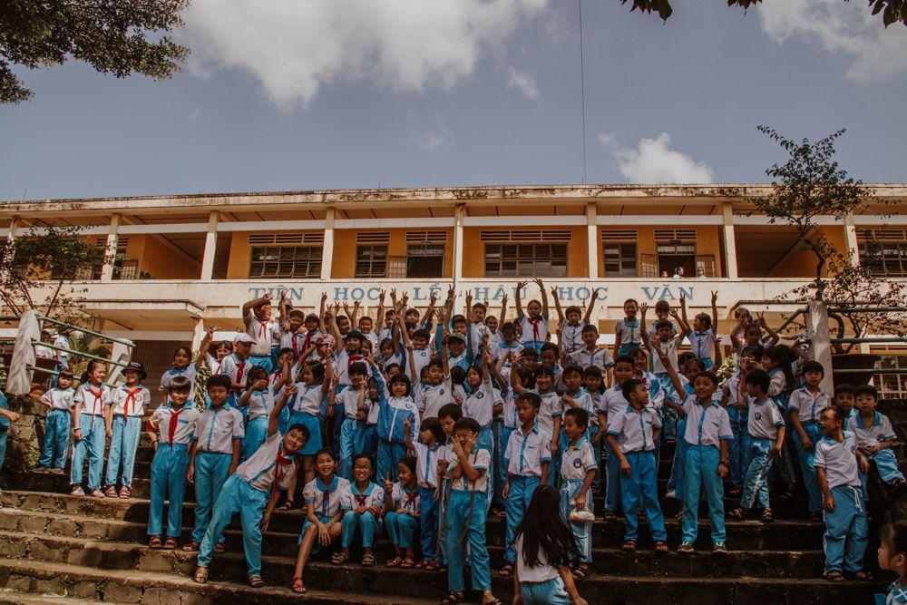 Những học sinh nghèo tại Thành phố Bảo Lộc, tỉnh Lâm Đồng