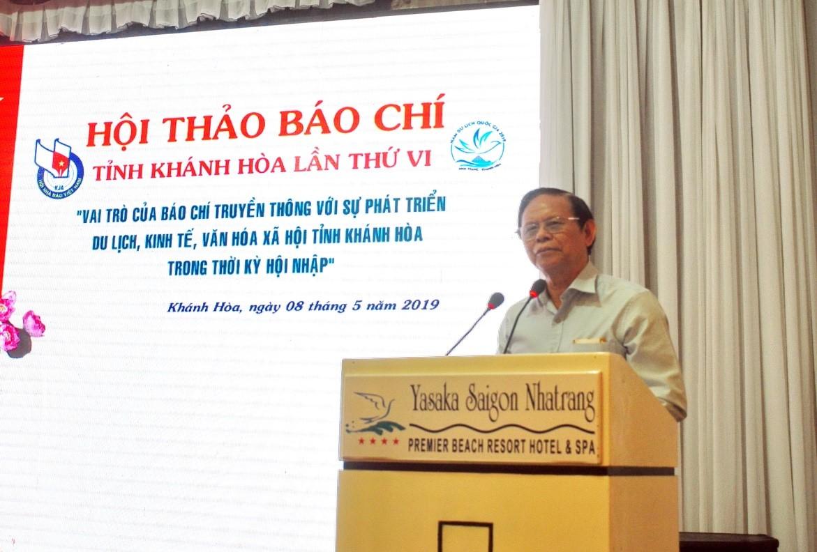 Nhà báo Hồng Vinh nguyên chủ tịch Hội Nhà Báo Việt Nam phát biểu