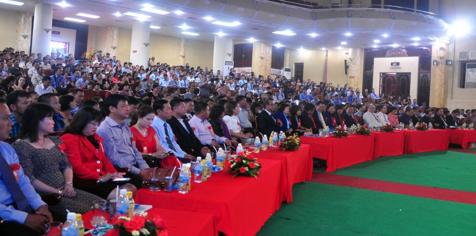 Toàn cảnh Hội nghị khách hàng Yến Sào Khánh Hòa năm 2019