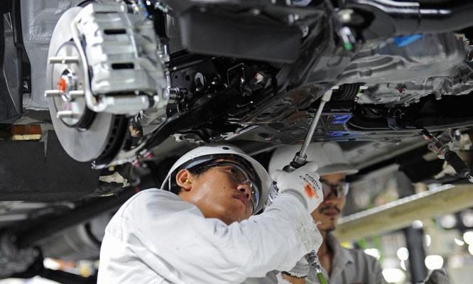 Mitsubishi tiến tới lắp ráp Xpander trong nước kể từ giữa năm 2020 nhằm giải quyết vấn đề nguồn cung phụ tùng, cho phép tùy biến tính năng tốt hơn.