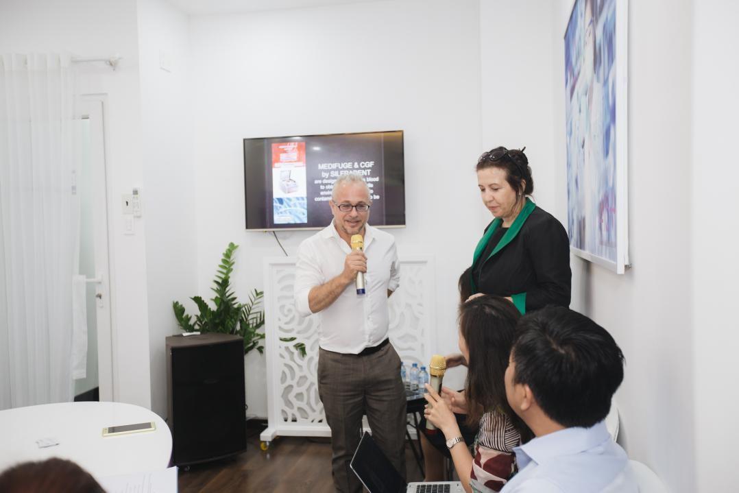 Bác Sĩ Ciro Gargiulo trình bày về công nghệ tế bào gốc tự thân