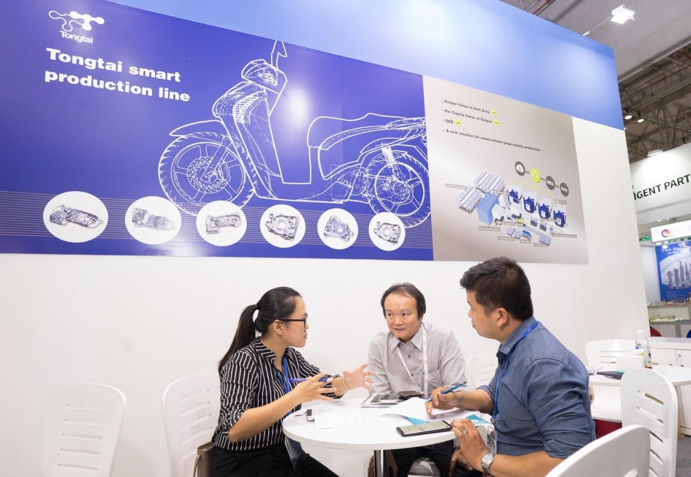 Ông Marco Li, Tổng Giám đốc Tongtai Seiki Việt Nam chia sẻ với phóng viên về  chiến lược phát triển thương hiệu và sản phẩm.