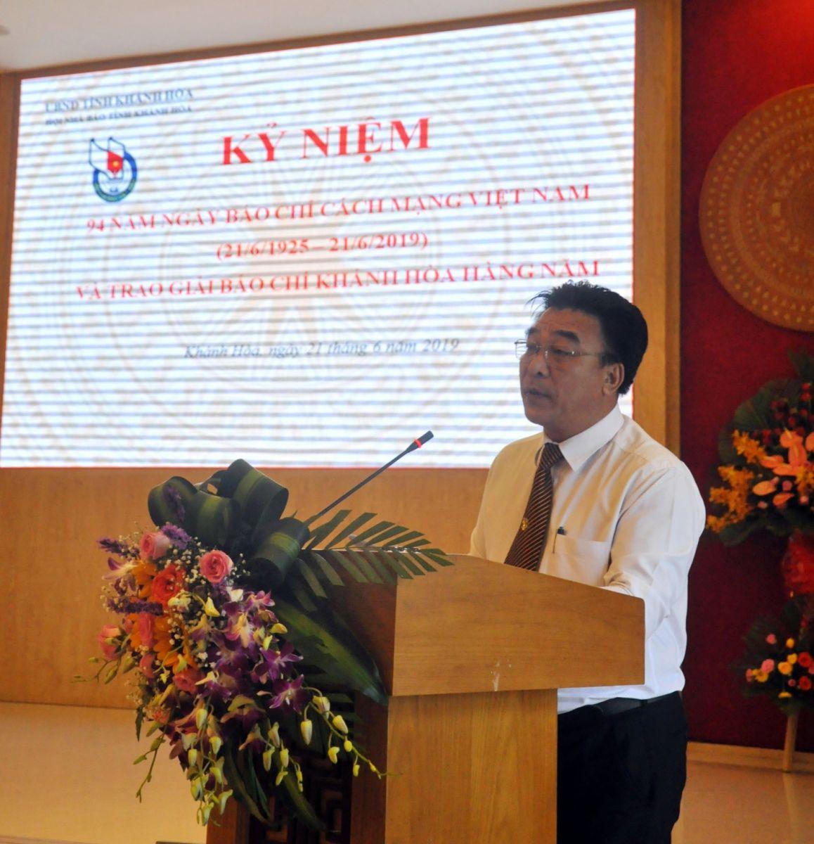 Ông Đoàn Minh Long, UV BCH Hội Nhà Báo Việt Nam, Chủ tịch Hội Nhà Báo Khánh Hòa, tổng kết công tác Báo chí Hội Nhà Báo Khánh Hòa