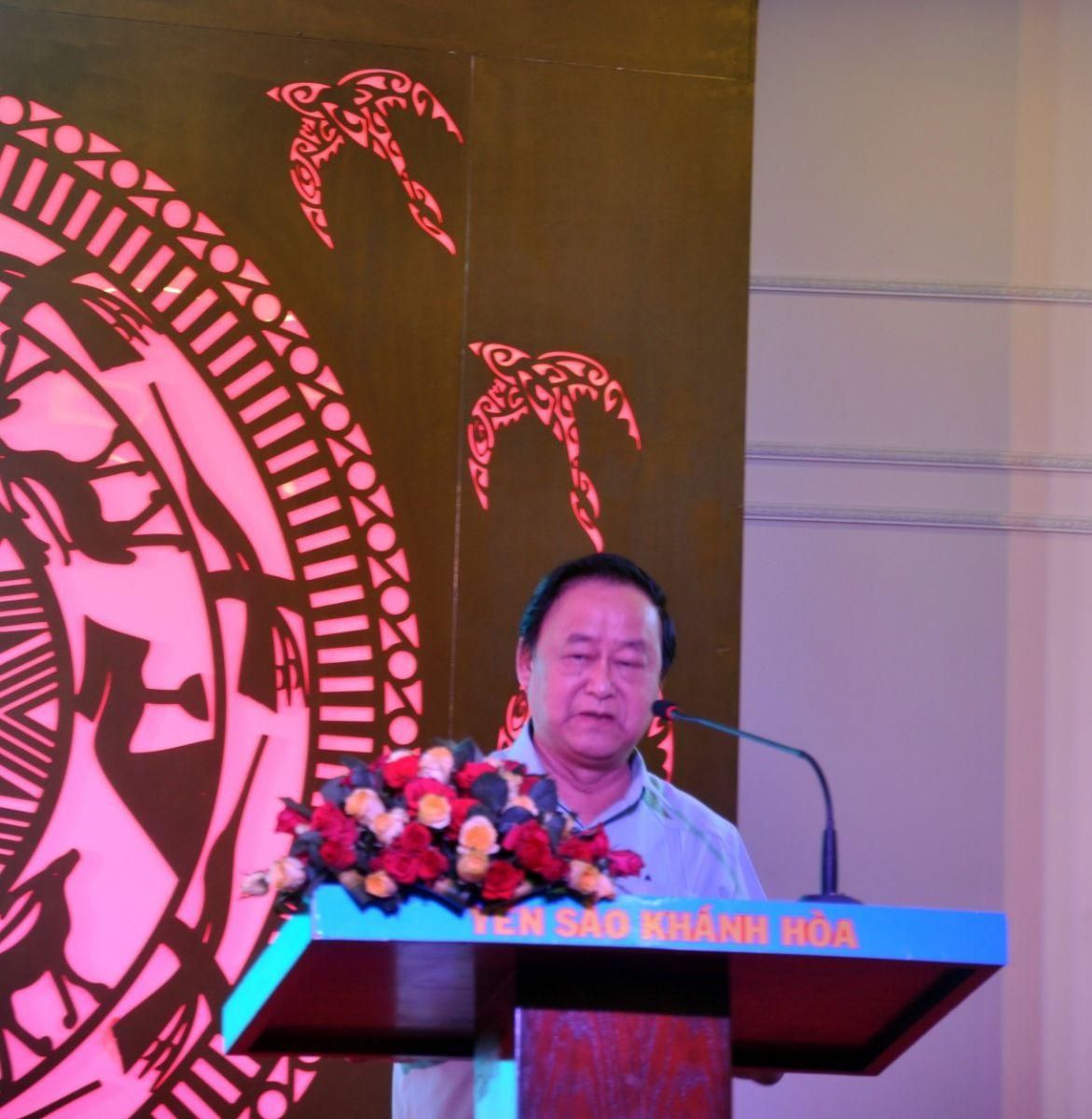 Giáo Sư Nguyễn Lân Hùng phát biểu về nghề nuôi chim yến tại Việt Nam