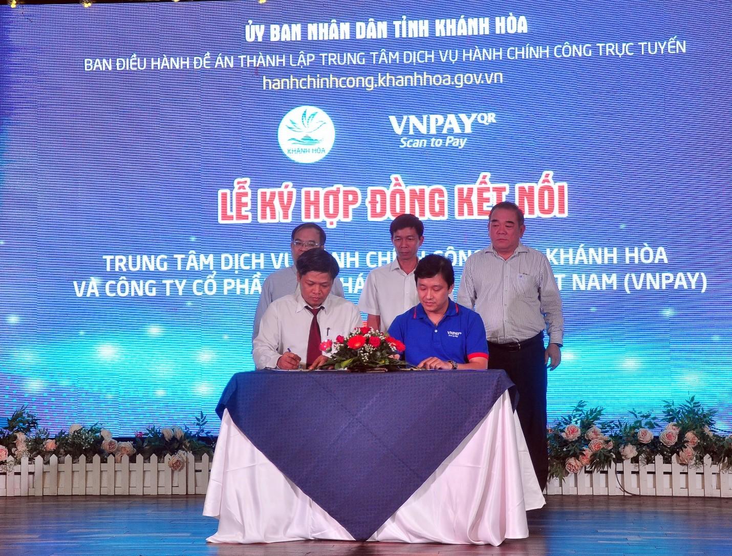 Trung Tâm Dịch Vụ Hành Chính Công Trực Tuyến Tỉnh Khánh Hòa  và Công Ty Cổ Phần Giải Pháp Thanh Toán Việt Nam (VNPAY) ký kết hợp đồng