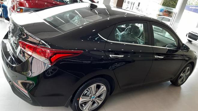 Hyundai Accent 2019 vừa xuất hiện tại đại lý trong ngày 2/5.