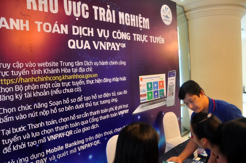 Trải nghiệm đăng ký, sử dụng dịch vụ công trực tuyến, thanh toán trực tuyến qua VNPAY