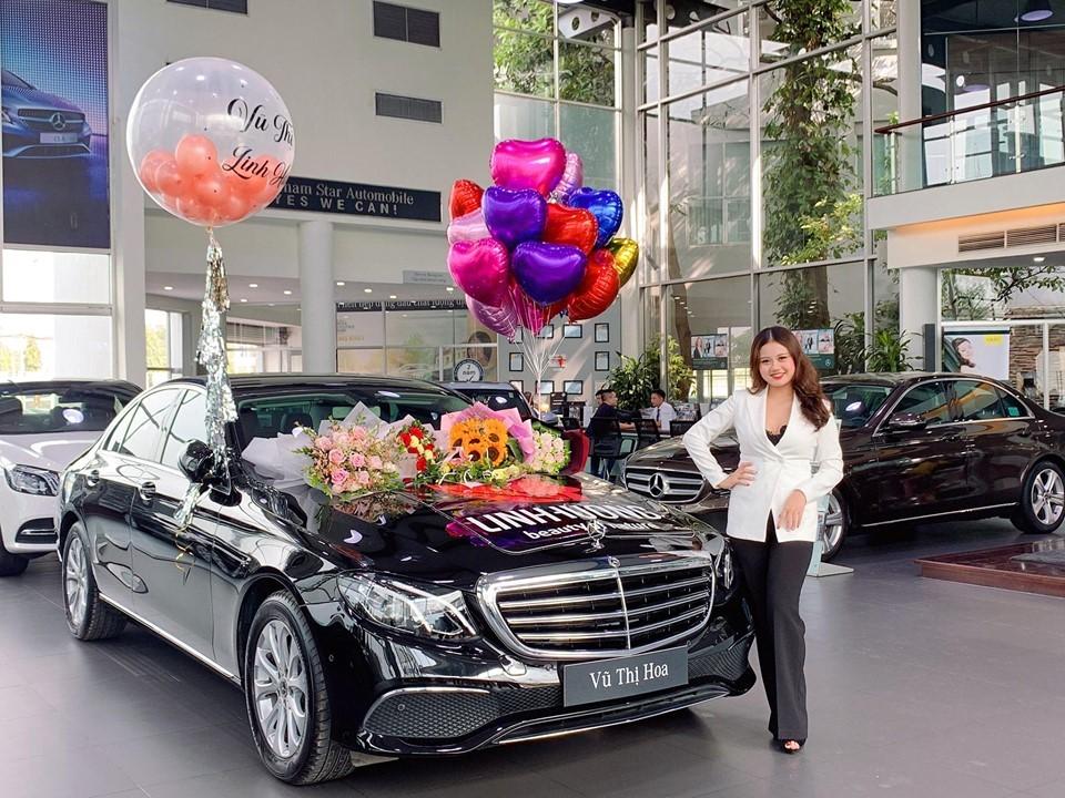 Năm 2018, cô tậu cho riêng mình một chiếc xe Mercerdes Benz