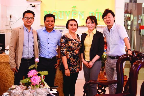 Đoàn chuyên gia Nhật Bản qua thăm và làm việc với Bún Nguyễn Bính