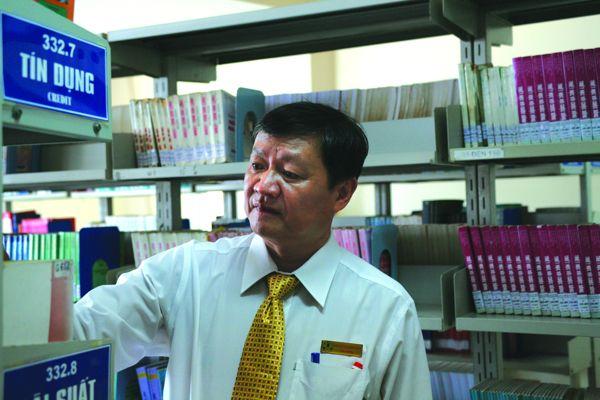 NGƯT.PGS - TS Lý Hoàng Ánh, Hiệu trưởng Trường Đại học Ngân hàng TP.HCM