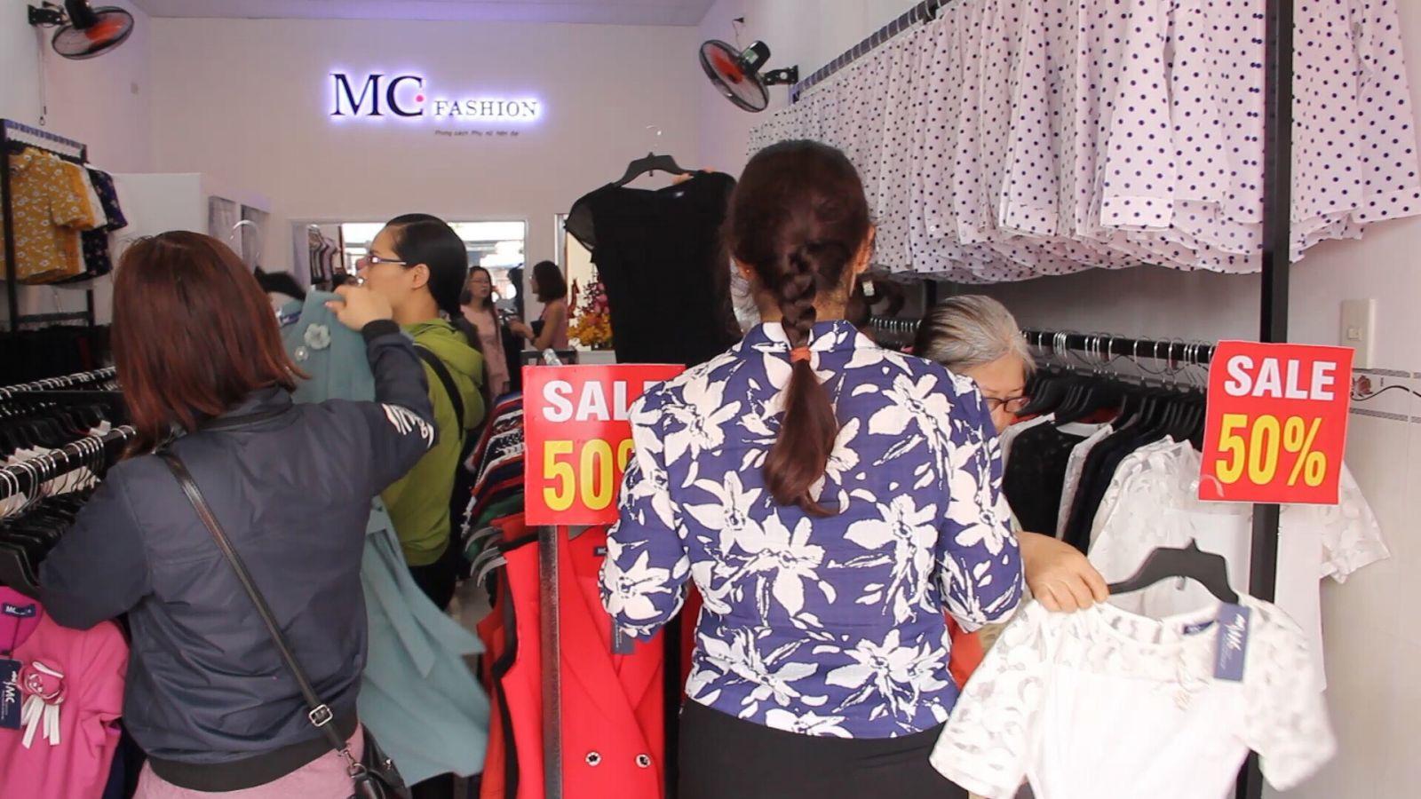 Khách hàng rất tin yêu sản phẩm của MC Fashion