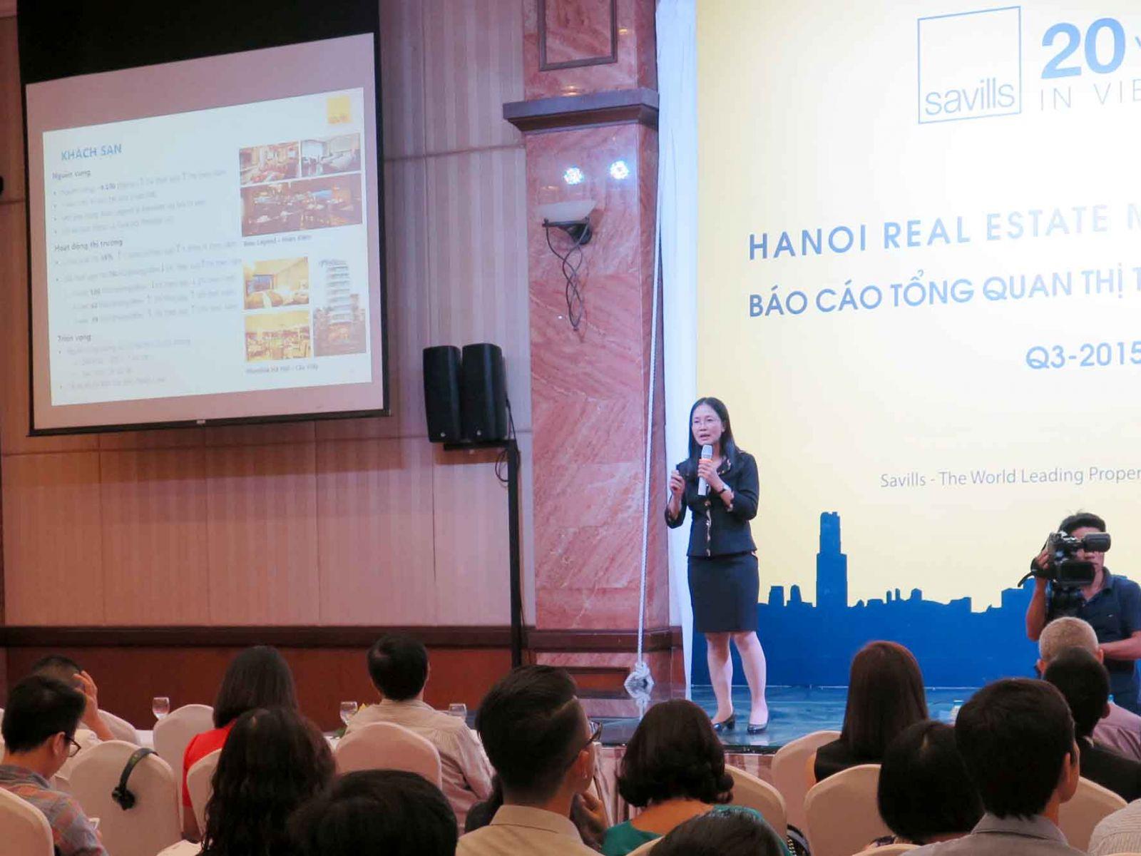 Bà Đỗ Thu Hằng, Trưởng Bộ phận Nghiên cứu & Tư vấn Savills Việt Nam tóm tắt tình hình thị trường bất động sản Hà Nội quý III/2015.