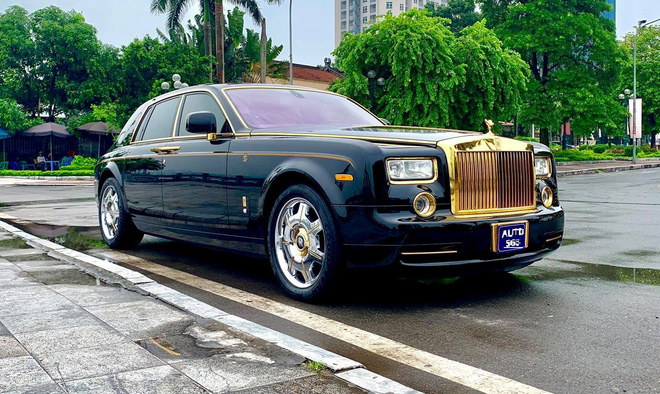 Rolls-Royce là dòng xe tượng trưng cho sự sang trọng và giàu có, được các đại gia trên khắp thế giới và Việt Nam ưa chuộng.