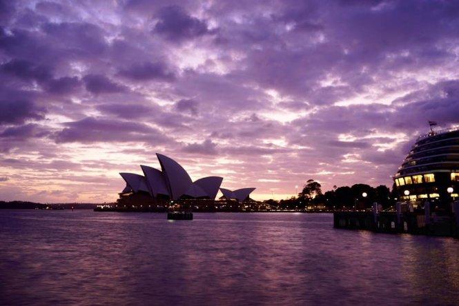 Biển tím chiều hè Sydney - Ảnh: Nguyễn Ngọc Tuấn