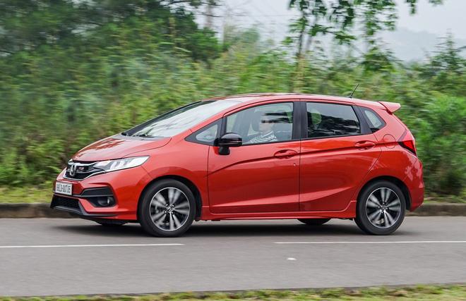 Honda Jazz ưu đãi hơn 40 triệu đồng từ nay đến hết cuối tháng 6.
