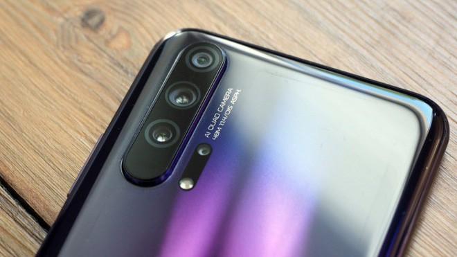 Cụm máy ảnh đặc biệt trên chiếc điện thoại Huawei mới ra mắt.