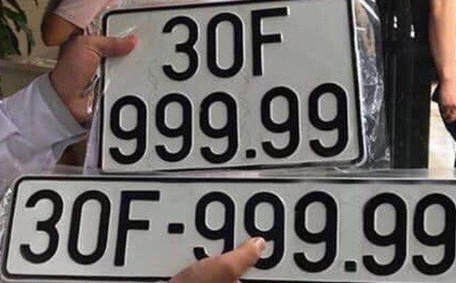 Bức ảnh biển số 30F -999.99 gây tranh cãi trên diễn đàn xe.