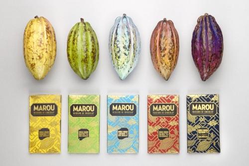 Năm màu sắc gồm xanh lá cây, vàng, xanh da trời, đỏ và tím xanh được chọn nhằm phù hợp với màu quả cacao và thể hiện từng hương vị của mỗi loại sôcôla.