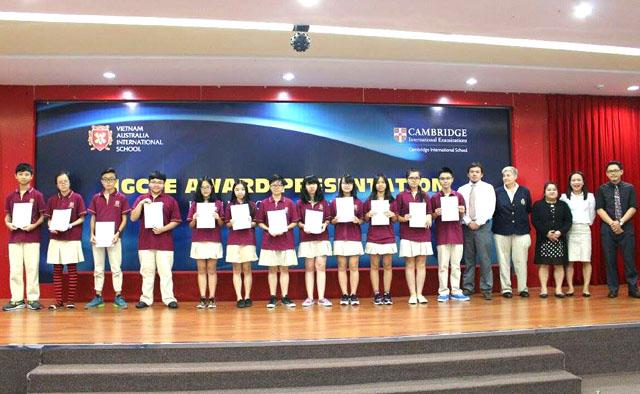 Có trong tay những chứng chỉ quốc tế như IGCSE sẽ giúp học sinh dễ dàng theo học các chương trình quốc tế bậc cao