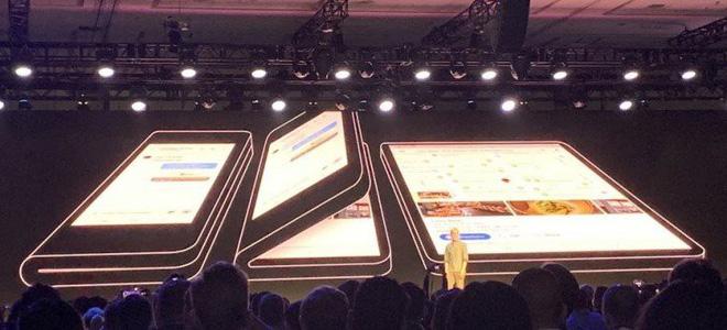 Nguyên mẫu smartphone bẻ cong của Samsung