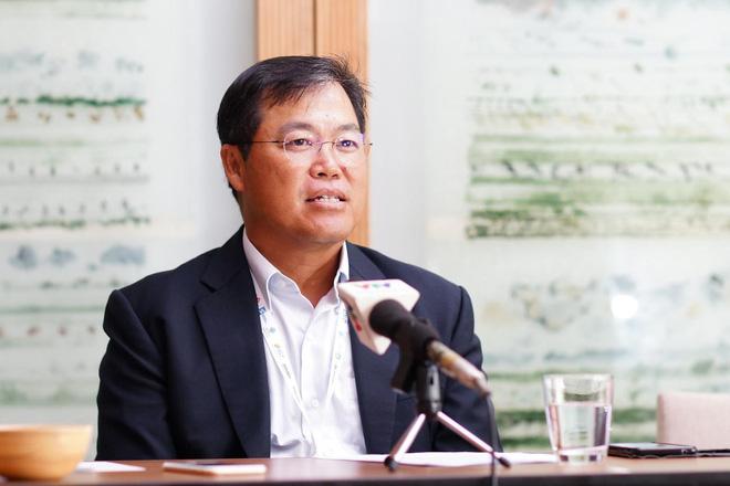 Ông Seah Chin Siong, chủ tịch APLA, trả lời báo giới tại Hội nghị APLA 2019