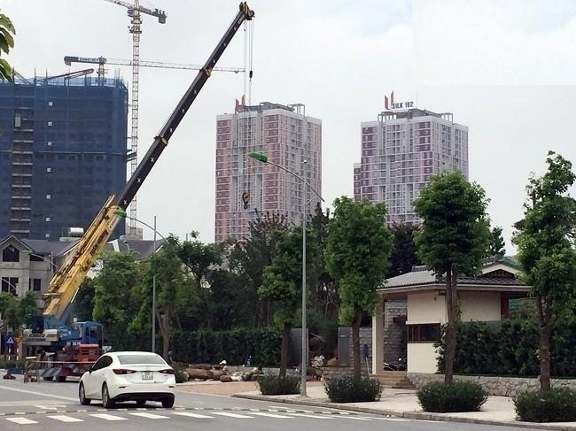 """Hiện tại, tòa dinh thự """"khủng"""" này vẫn đang tiếp tục được xây dựng và hoàn thiện. Ảnh ĐS&PL"""