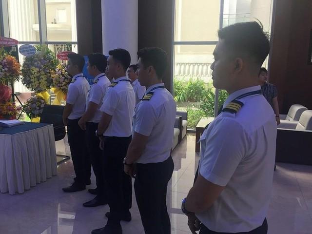 Đội ngũ phi công đang được đào tạo của Vietnam Airlines ra mắt trong lần hãng hàng không này niêm yết cổ phiếu trên sàn Hose vào tháng 5-2019- Ảnh: TL