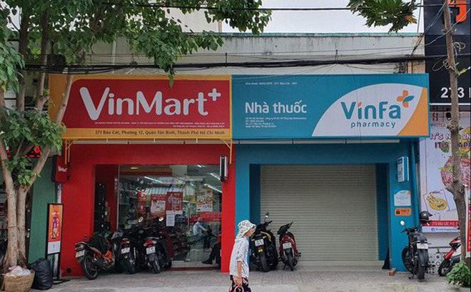 Nhà thuốc VinFa sắp mở đặt cạnh cửa hàng VinMart+ ở Tân Bình (TP.HCM) - Ảnh: Hải Đăng