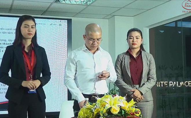 Ông Nguyễn Thái Luyện đứng dậy công khai xin lỗi trước phát ngôn của mình