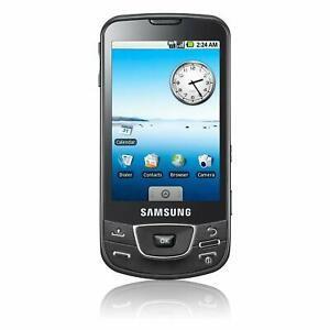Chiếc Galaxy đầu tiên là GT-i7500.