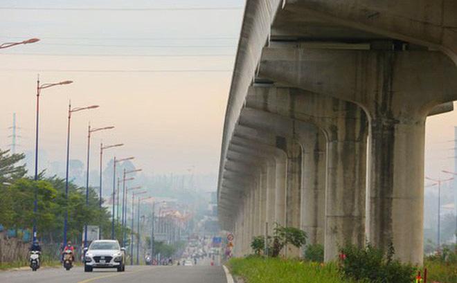 Nhiều dự án đầu tư công của TP HCM có tỉ lệ giải ngân rất thấp. Trong ảnh: Tuyến metro số 1 Bến Thành - Suối Tiên đang thi công khá chậm vì thiếu vốn. Ảnh: HOÀNG TRIỀU