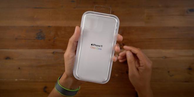 Clear Case của iPhone 11 có giá 40 USD.