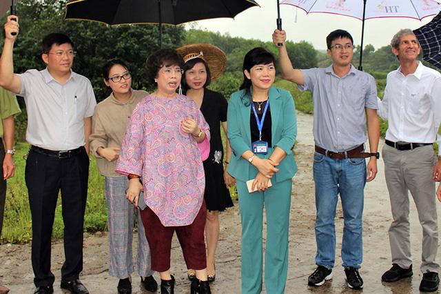 Bà Thái Hương tìm cơ hội đầu tư tại Quảng Ninh (Ảnh Cổng thông tin UBND tỉnh Quảng Ninh).