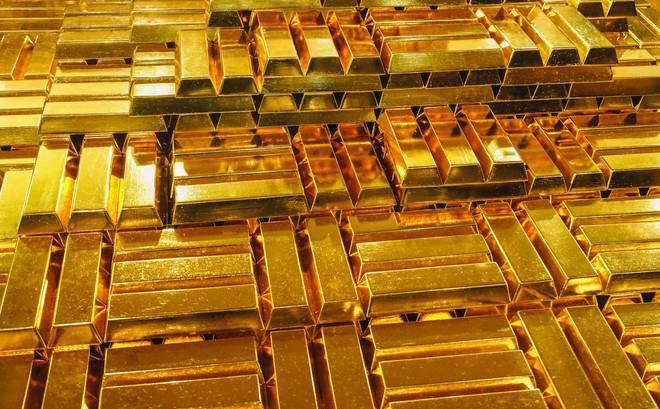 Giá vàng giảm mạnh sau quyết định bất ngờ của Trung Quốc.