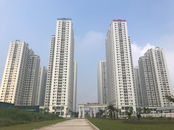 Dự án Khu đô thị Thành phố giao lưu với quy mô rộng 95ha, với tổng mức đầu tư 500 triệu USD có quy mô hàng nghìn căn hộ, với các khu nhà cao tầng liên tục điều chỉnh quy hoạch nhưng ở các khu đất xây trường học thì chậm xây dựng so kế hoạch cam kết ban đầu khu thực hiện dự án.