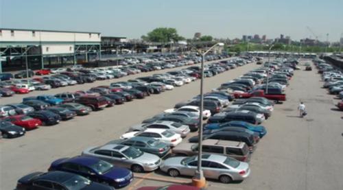 """Ngành buôn bán ô tô cũ đang phát triện """"bùng nổ"""""""