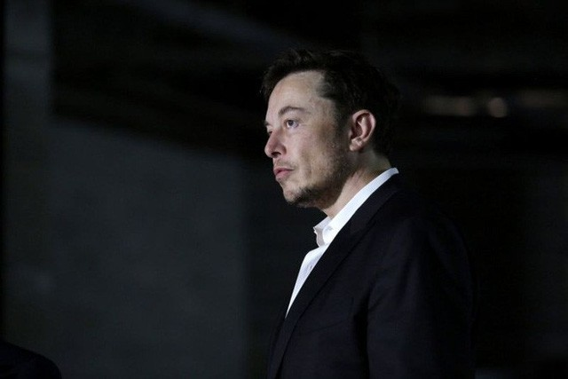 Kết thúc phiên giao dịch ngày thứ Hai, giá cổ phiếu của Nvidia tăng lên trong khi của Tesla giảm xuống.