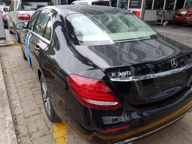 Mercedes-Benz E350 được cho là ở Việt Nam.