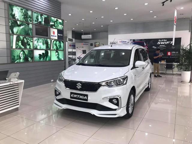 Suzuki Ertiga bán chênh 10 triệu