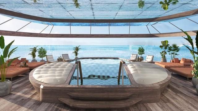 Thậm chí, trên tàu còn có cả spa, phòng tập yoga, phòng tắm hơi, bể bơi và bồn tắm nước nóng.