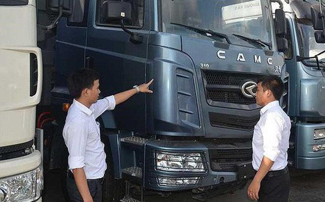 Khách hàng sẽ phải bỏ thêm tiền khi mua xe tải. Ảnh: QUANG HUY